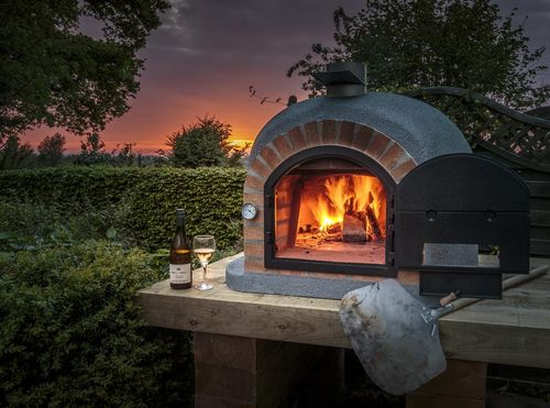 Supreme Insulated Outdoor Oven with Cast Iron Door & Thermometer