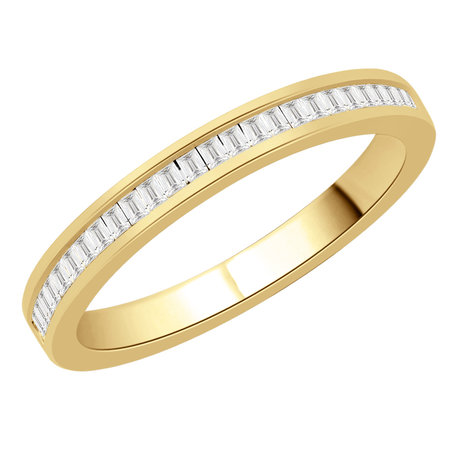 Channel set baguette cut diamonds set in a yellow gold ring\\n\\n11/03/2016 16:59