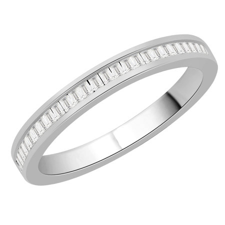 Channel set baguette cut diamonds set in a white gold ring\\n\\n11/03/2016 16:59