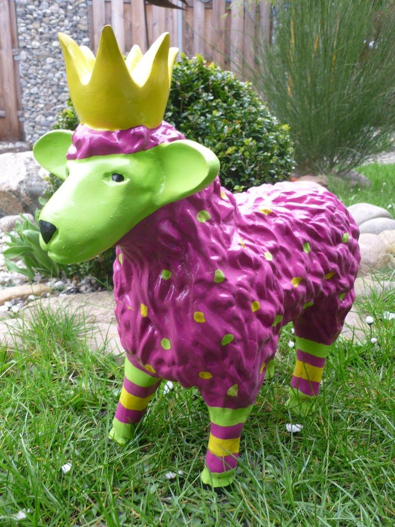 garten figur lustiges buntes schaf lamm mit krone deko tier 48 breit