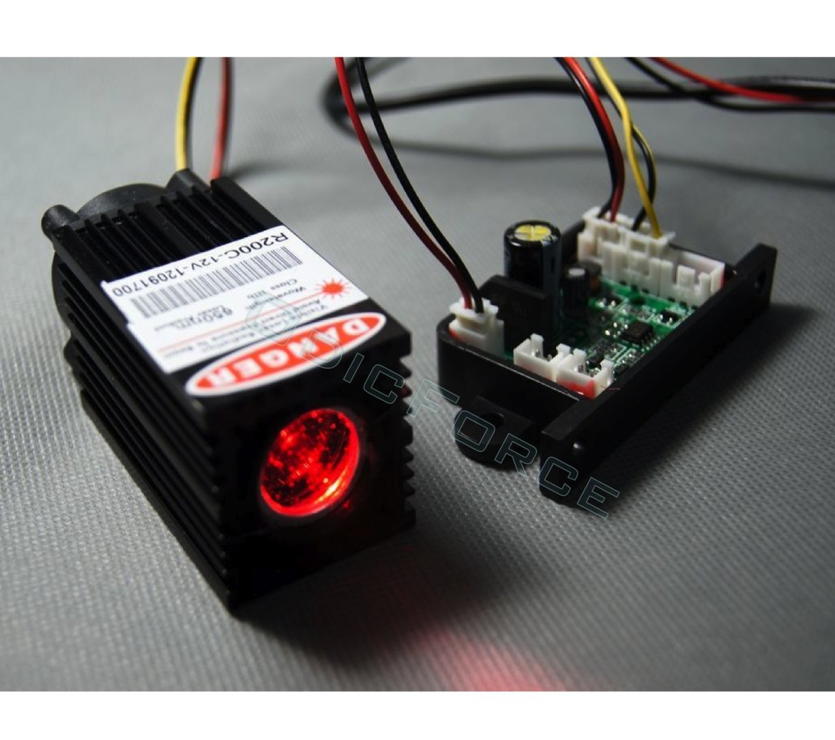 200mW Wide Beam (15mm) 650nm Red Laser Module with TTL Modulation and Fan Cooled Laser Head (12V) (R200C)
