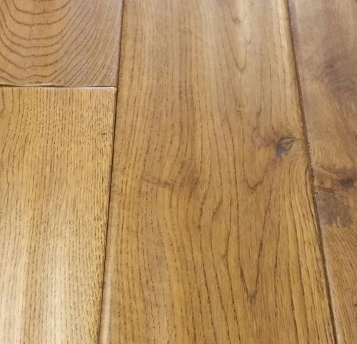 Solid Oak Golden Stain Handscraped 125mm wide...£40.83/m2