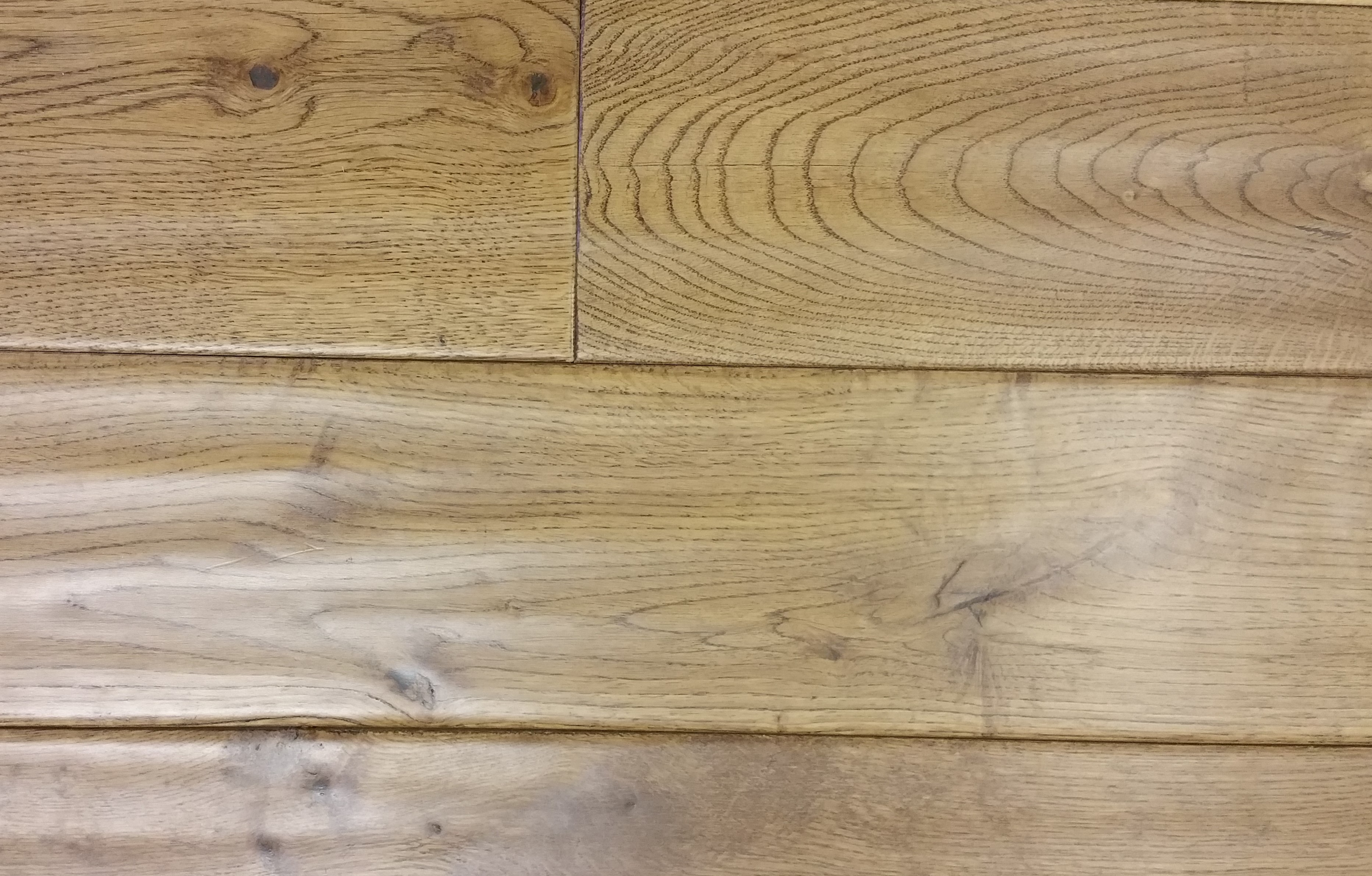 golden_stain_solid_oak_lacquered