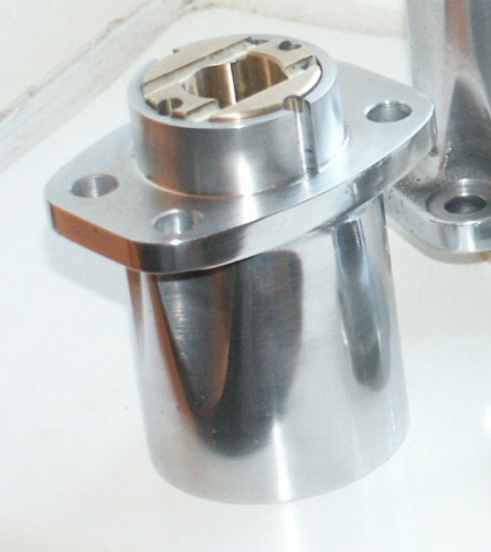 SOHC (Model 30/40 International) Top Aluminium Bevel Casting and Plain Bearing