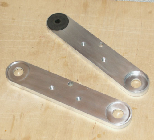 Racing International/Plunger Manx Front Tank Bracket