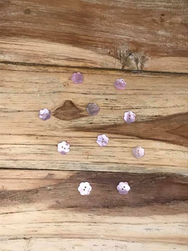10 Pink Mother of Pearl Daisy Buttons