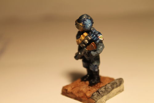 Patrolman w/Riot Gas Launcher