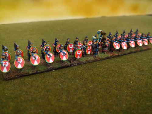 10mm Late Roman armored heavy cavalry holding sword overhead