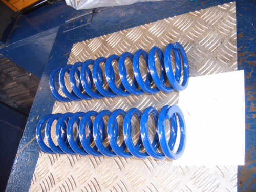 2 1/4 10.5inch long 200 lb coil springs