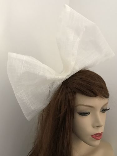 White Big Bow Fascinator