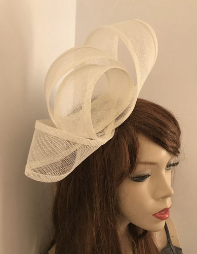 Small ivory Loop Fascinator Hat