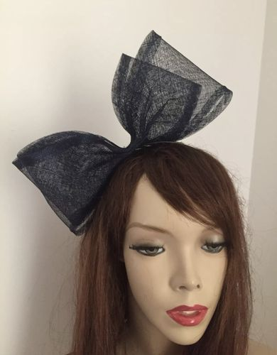 Navy Bow Fascinator