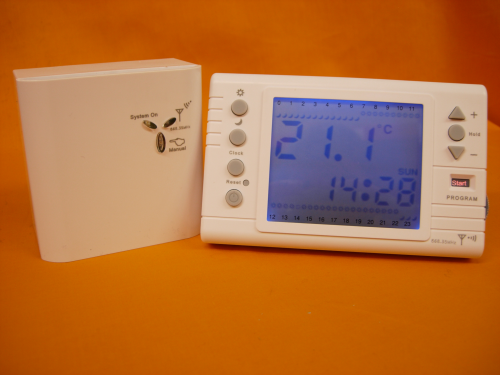 Digital Large Back-Light Screen Programmable RF868MHz Wirelss Room Thermostat