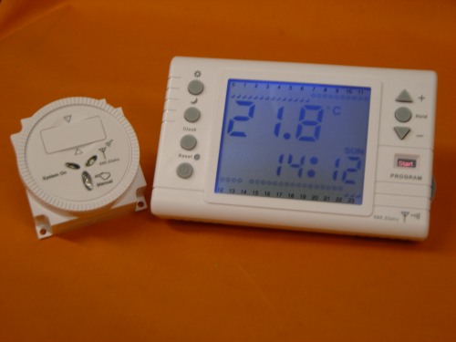 Digital Large Back-Light Screen Programmable RF868MHz Wirelss Room Thermostat with RF Timer Module Receiver