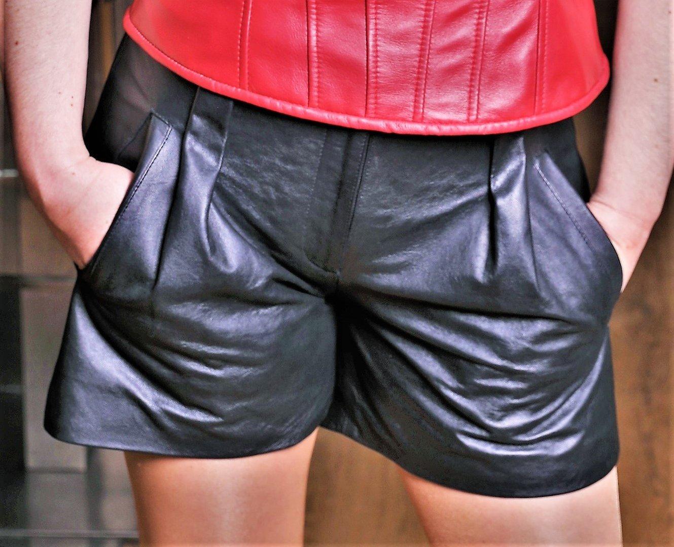 Leder-Short Hot-Pants in ECHT-LEDER im ELEGANTEN Style für