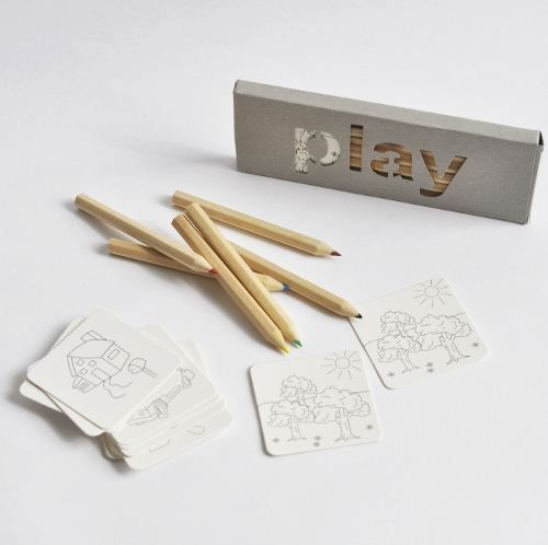 Colouring playset with 6 wooden pencils