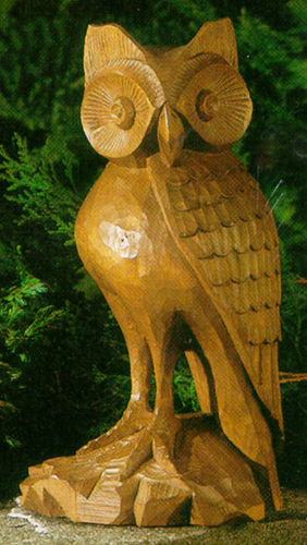 Owl with freestanding legs