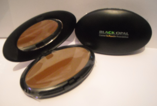 Black Opal- Creme To Powder Foundation 9.1g, 20 AU CHOCOLAT
