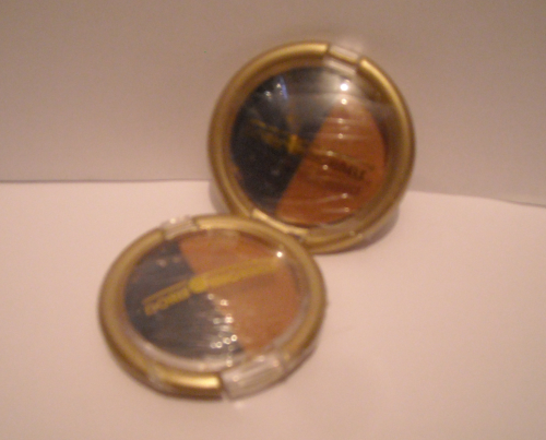 Doris Michaels- Duo Eye Shadow Compact, ES02