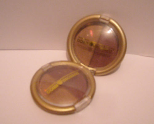 Doris Michaels- Duo Eye Shadow Compact, ES01