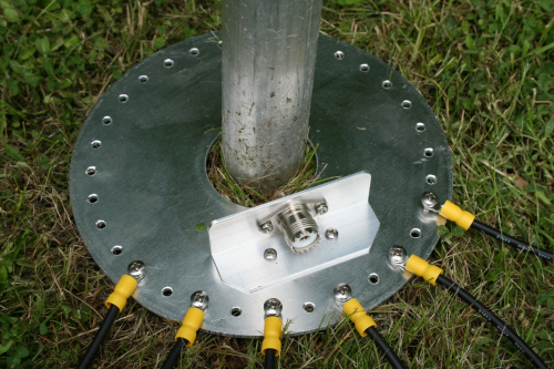 Radial plate with connector