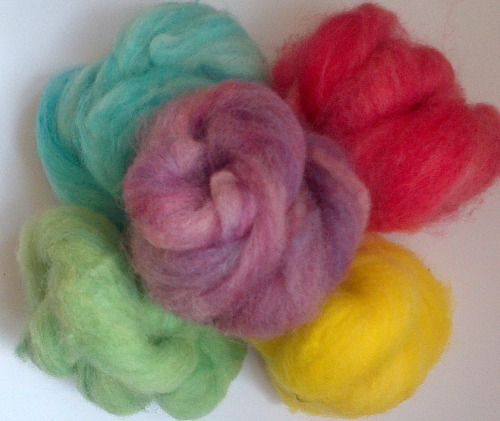 Ryeland Carded Wool 50g Mixed Colours