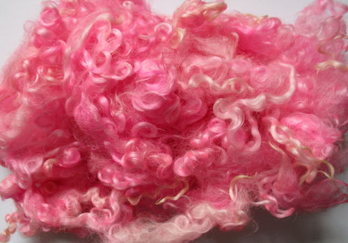 Wensleydale Loose Fleece in Very Pink 50g