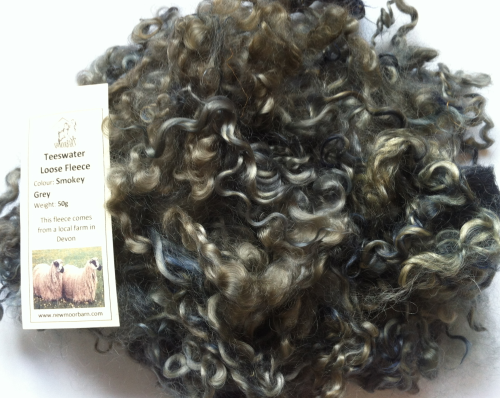 50g Teeswater Loose Fleece in Smokey Grey