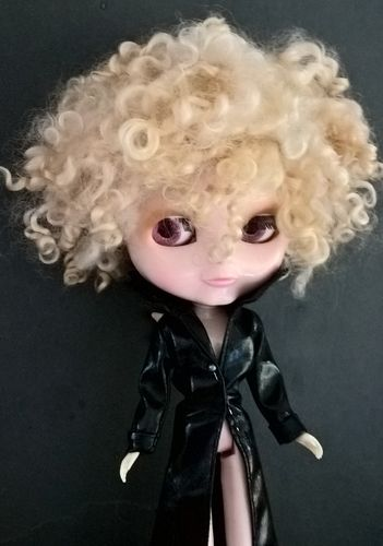 Teeswater Short Blonde Doll Wig