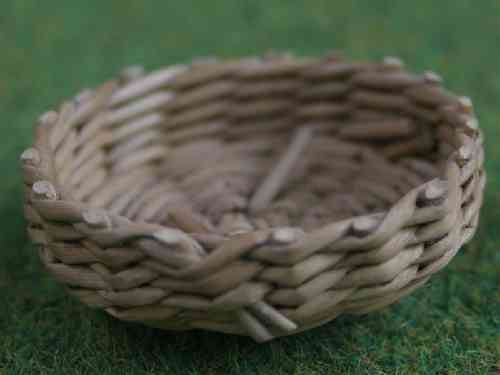 Shallow Round basket - small