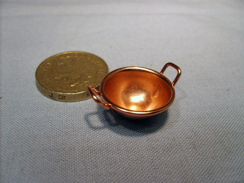 Round Bottom Copper Pan - medium