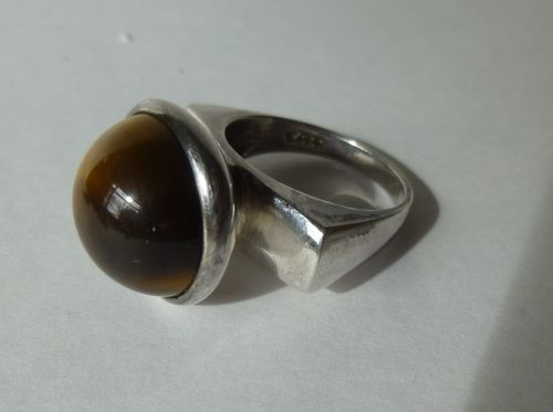 W. & S.S Horsens Sterling ring with tiger eye, size O, 7.25, 55