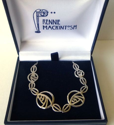 Carrick Macktintosh style Sterling necklace in box