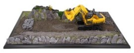 slate_quarry_plinth_-_with_digger-001