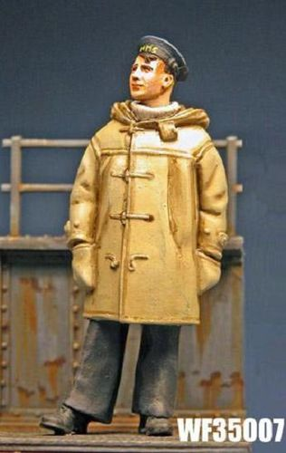 WF35007, 1/35th scale WWII Royal Navy Sailor in Duffel Coat