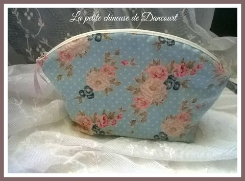 Trousse shabby roses anciennes