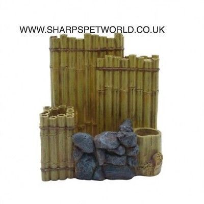 Fluval EDGE aquarium with this attractive Bamboo Wall II aquarium ornament